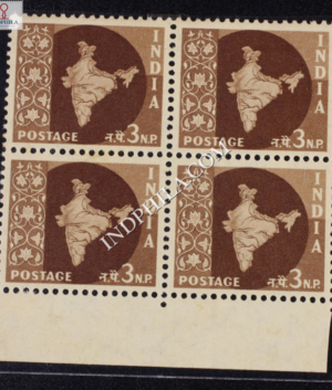 INDIA 1957 MAP OF INDIA DEEP BROWN MNH BLOCK OF 4 DEFINITIVE STAMP