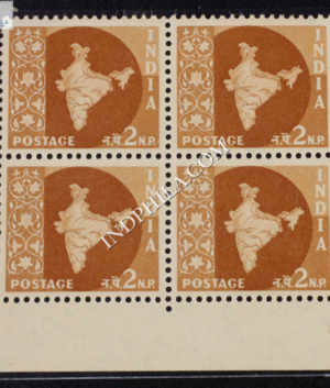 INDIA 1957 MAP OF INDIA LIGHT BROWN MNH BLOCK OF 4 DEFINITIVE STAMP